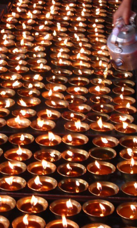 Bhutan, Candles