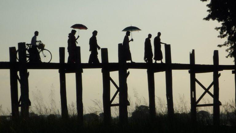 Burma -silhouette