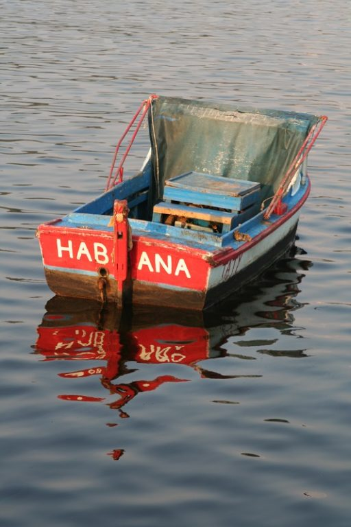 small boat with Habana