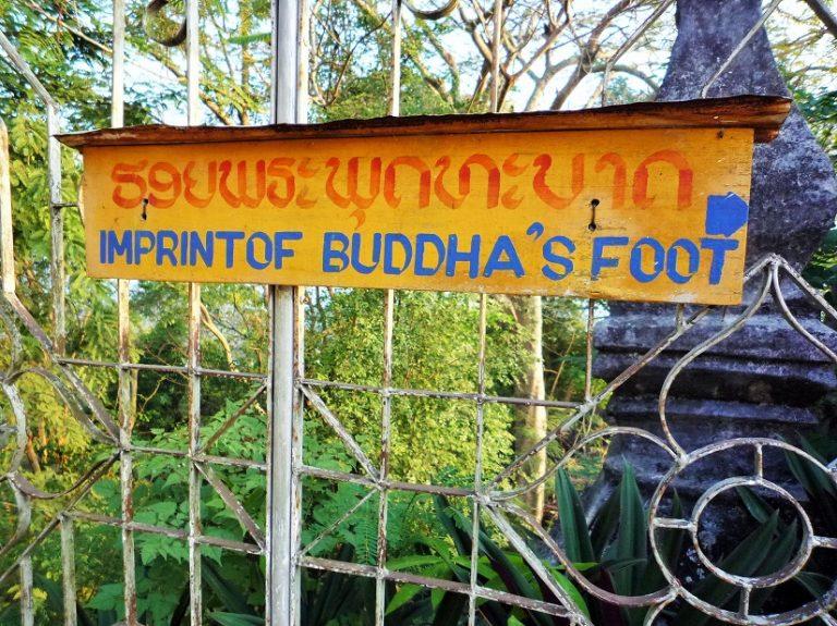Laos, Buddha